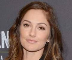 minka kelly is dating captain america star chris evans